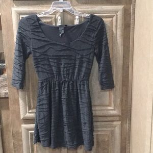 Pre-Owned Juniors' Size 13 Mini Dress